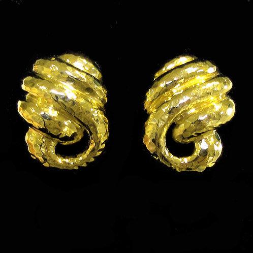 18K Hammered Knot Design Earrings