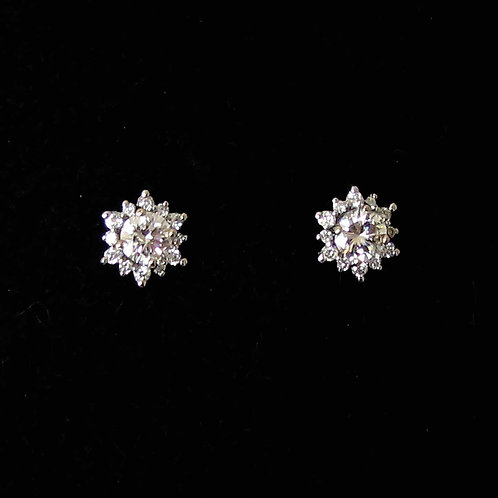 18K White Gold Diamond Snowflake Stud Earrings