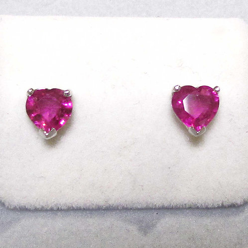 18K White Gold Heart Shape Bright Pink Sapphire Stud Earrings