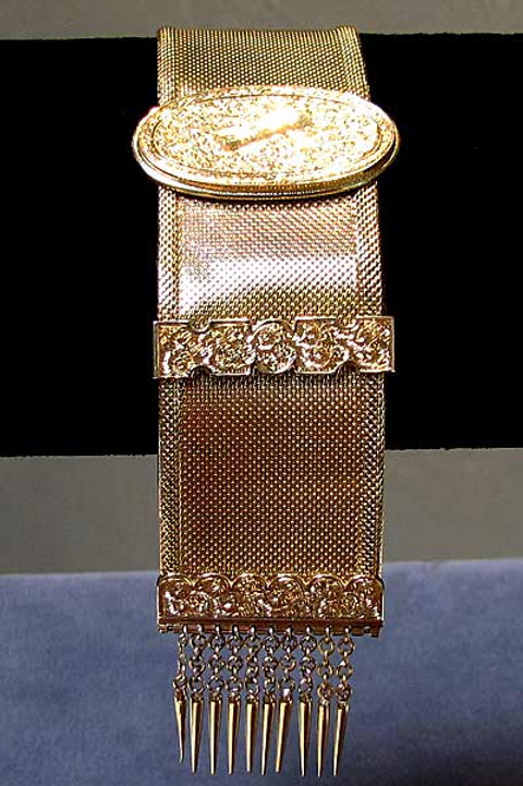 Adjustable Fine Mesh Victorian Bracelet