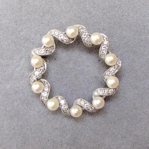 White Gold Diamond and Pearl Circle Pin