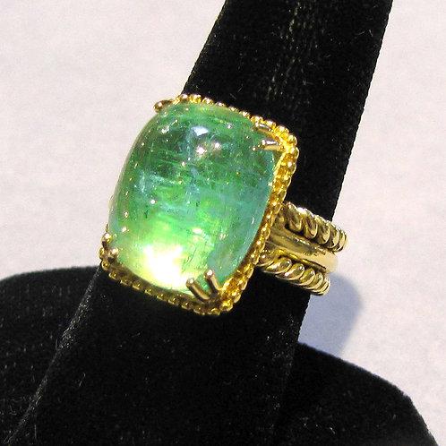 18K LIght Green Emerald Cabochon Ring