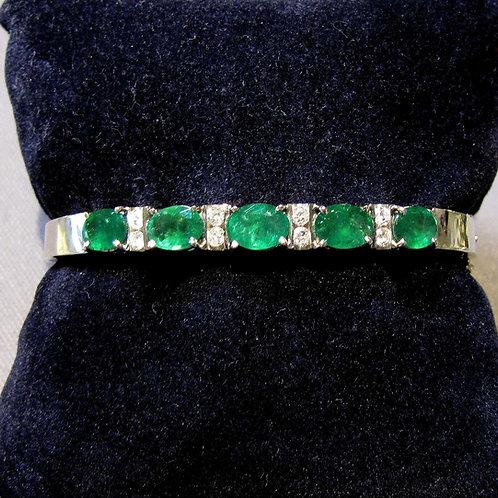Emerald and Diamond White Gold Hinged Bangle Bracelet