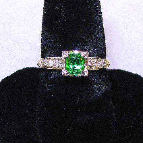 14K Green Tsavorite Garnet and Diamond Ring