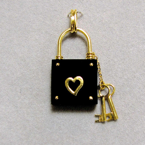 18K Onyx Heart Motif Padlock Pendant with Keys