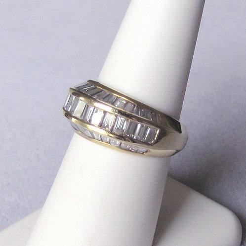 18K Baguette Cut Diamond Beveled Band Ring
