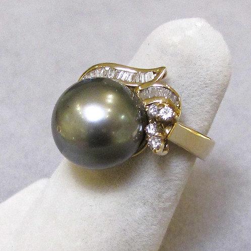 14K Gray Tahitian Pearl and Diamond Ring