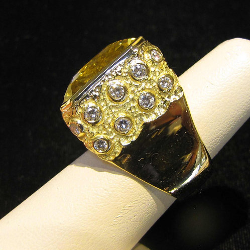 Modern 18K Large Golden Beryl and Diamond Ring