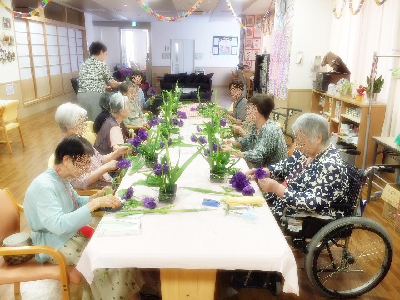 「花」で集い