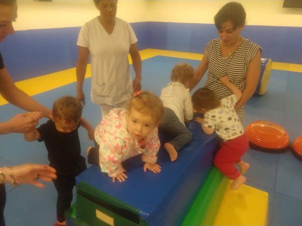 Estímulos para o bebê: Onde estimular e encontrar esta aula de interação mãe e bebê
