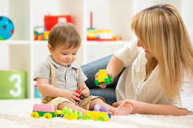 Como equilibrar a rotina de atividades do bebê