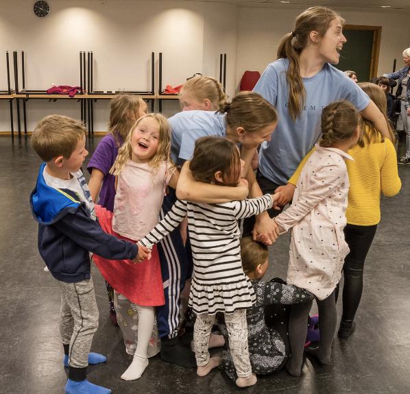 Danselek | Barnas Festspill