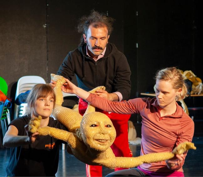 Object Score Workshop med Duda Paiva | Stamsund Teaterfestival
