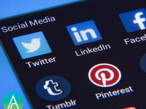 WHY YOU SHOULD USE SOCIAL MEDIA And How Your Business Can Benefit