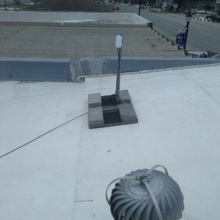 Non_Pentrating Roof Mount Install.jpg