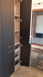 single cupboard.jpg