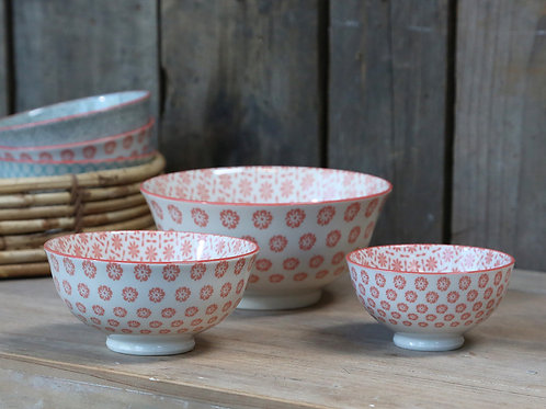 Set of 3 coral rose bowls