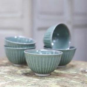 Ribbed olive bowl
