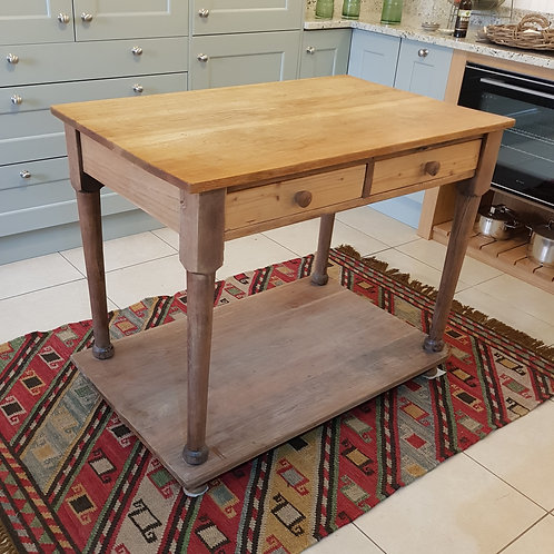 Pre loved table