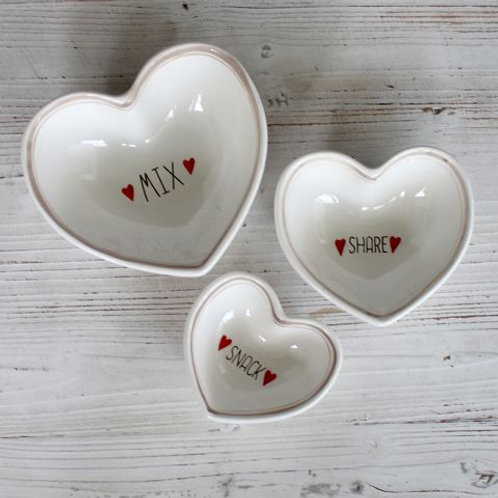 Set of 3 heart shape bowls