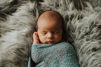 Lifestyle Newborn Mousseau_13.jpg