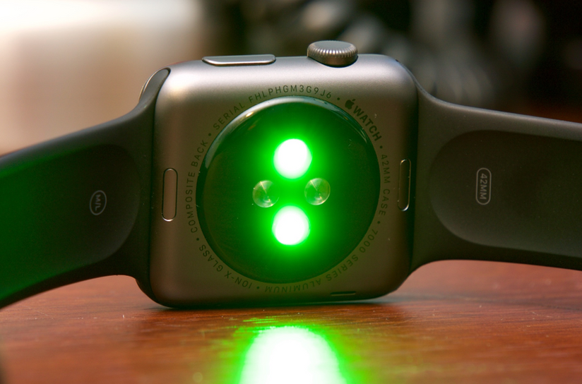 Physics and Light : Apple's competitive advantage in Healthcare