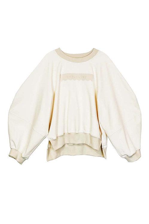 Pre-Order   Paige Sweatshirt