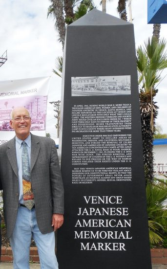 The late Los Angeles City Councilmember Bill Rosendahl with a full-size mockup of the VJAMM.