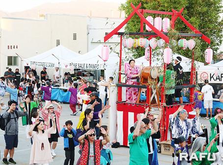 日系社会で今季最初の盆踊り:踊りや茶道、和食など日系文化満喫