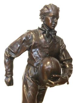 William Webb Ellis (detail) bronze