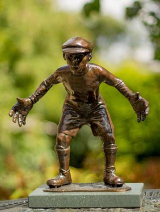 Goalie (bronze)