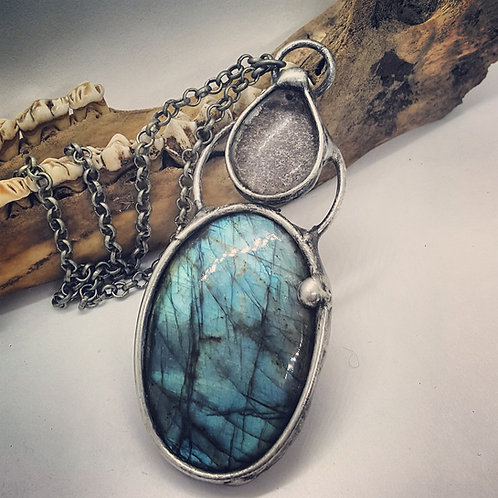 "Soldered Labradorite with Garden Quartz Talisman 220"" Chain"
