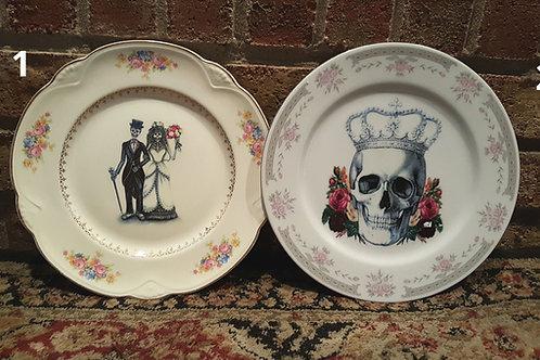 Vintage Skull Plates - Large