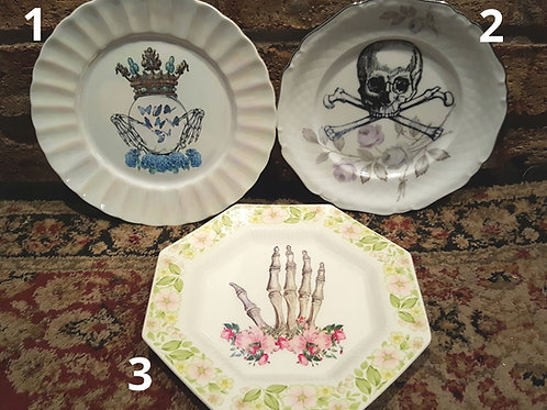 Vintage Skull/Skeleton Plates - Medium