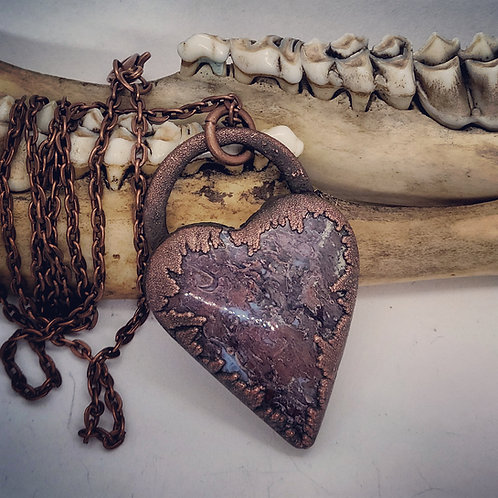 "Electroformed Moss Agate Heart on 22"" Chain"