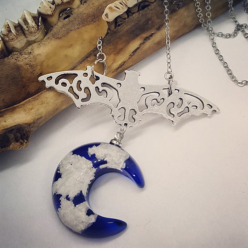 """Bat with Crescent Moon & Clouds on 20"""" Chain"""
