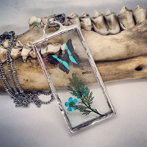 "Soldered Glass with Tiny Butterfly Replica & Dried Floral on 20"" Chain"