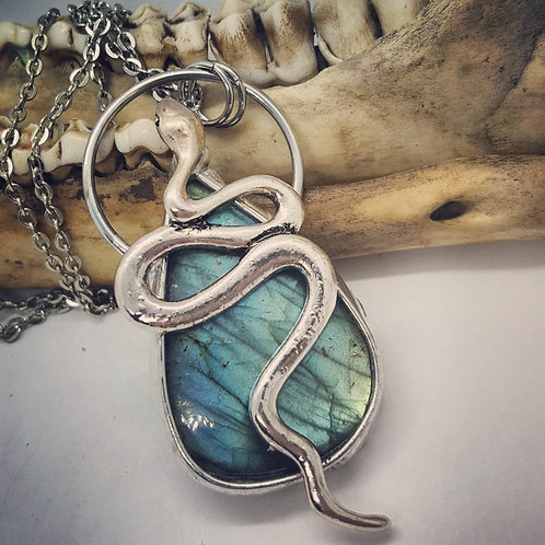"Soldered Labradorite with Snake on 20"" Chain"