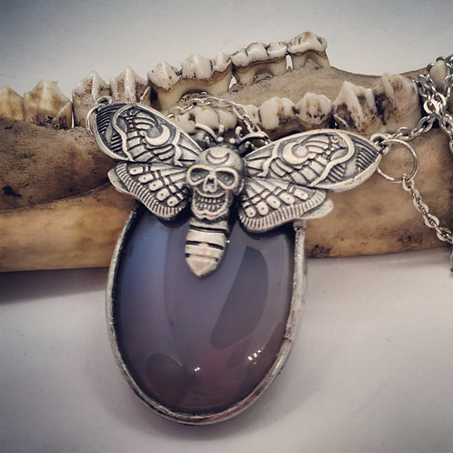 """Soldered Agate with Moth on 22"""" Chain"""
