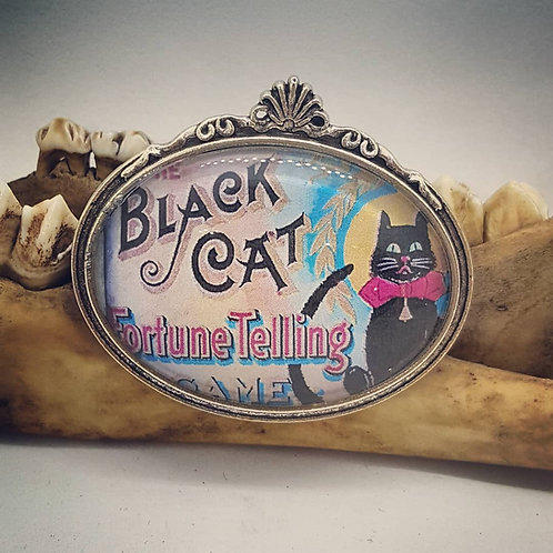 Black Cat Fortune Telling Pin 30x40mm