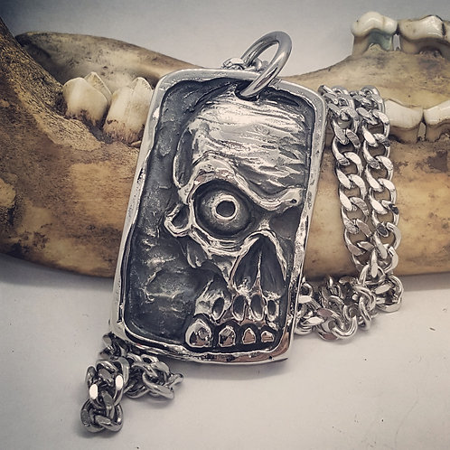 "Stainless Steel Skull on 20"" Chain"