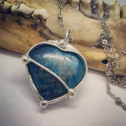 "Soldered Apatite Heart on 20"" Chain"