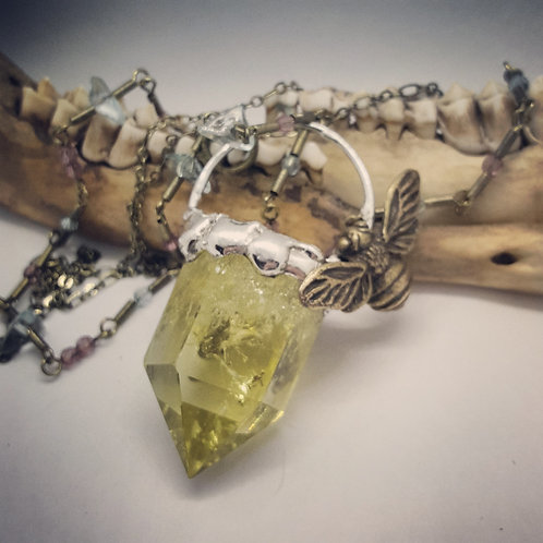 """Soldered Citrine Point with Bumblebee on 18"""" Double Chain"""
