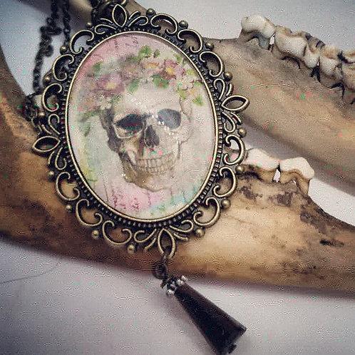 "Skull & Flower with Rhinestone on 24"" Chain"
