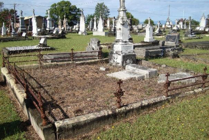 fredo-cemetery.jpg