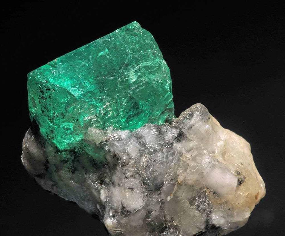 Natural Emerald crystal. (Source: Wikipedia). Samso Insights