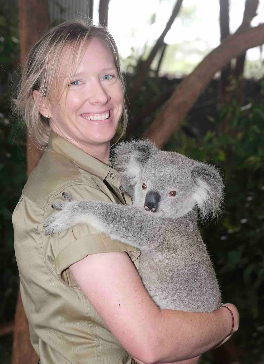 Kelsie Redman, Researcher and Educator at Billabong Zoo featured in Brilliant-Online Magazine