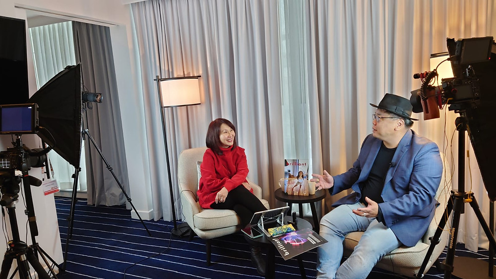 Veronica Lind, CEO Brilliant-Online with Noel Ong, CEO Samso