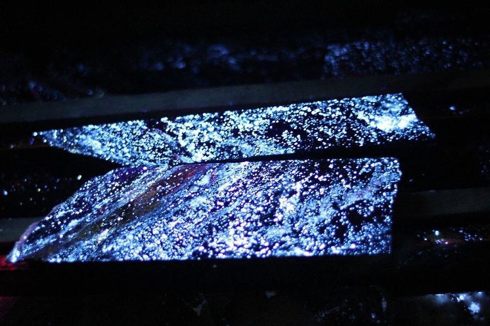 Scheelite ore of Sangdong mine. (Source: Wikipedia) | Coffee with Samso