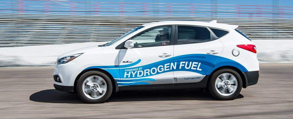 Photo showing A test ride in a hydrogen fuel cell Hyundai car in Colorado in 2016. Samso Insights.